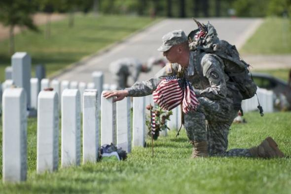 Memorial-Day-at-Arlington-National-Cemetery_1_11